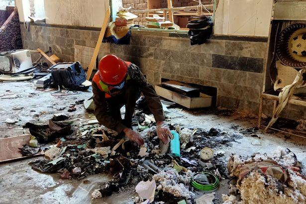 صور مؤلمة.. صحيفة بريطانية تكشف تفاصيل انفجار مدرسة في باكستان (1)