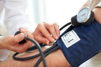 احمِ نفسك من الإصابة بارتفاع ضغط الدم في 5 خطوات