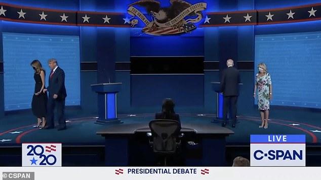 فيديو.. شاهد كيف أحرجت ميلانيا ترامب الرئيس الأمريكي في 41 ثانية 8