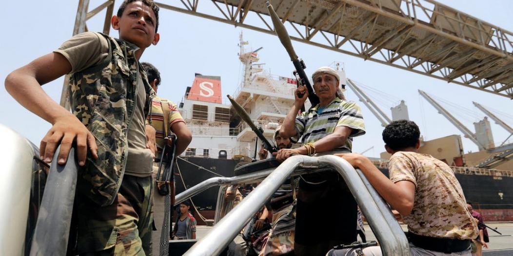 حزب الله يشرف على 7 معسكرات حوثية في الحديدة