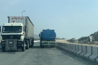 حفر وعائية وكشط على الطريق الرابط بين بارق والمجاردة - المواطن
