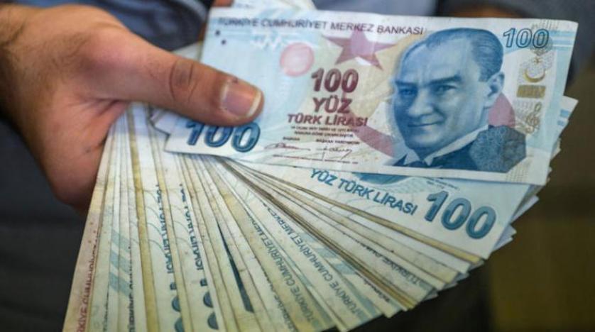 انخفاض الليرة التركية إلى مستوى قياسي جديد بسبب أردوغان