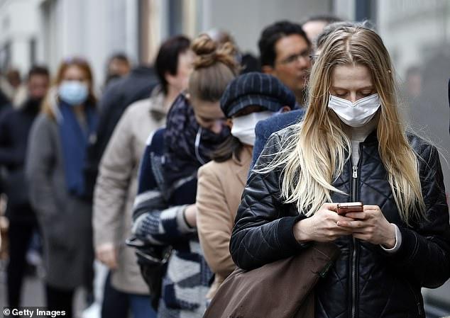 ارتداء الأقنعة ينقذ 130 ألف أمريكي من الموت بسبب فيروس كورونا