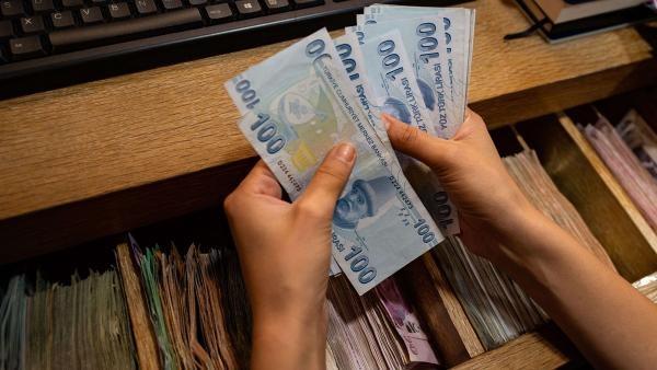 التضخم في تركيا يبلغ أربعة أضعاف الأرقام الرسمية
