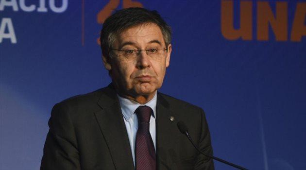 بارتوميو يستقيل من رئاسة برشلونة خلال ساعات