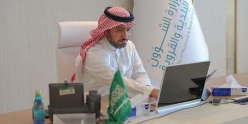 صورة الحقيل يطور 12 قطاعًا تخدم 80% من سكان المملكة بمقترحات المواطنين