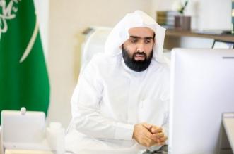 رئيس ديوان المظالم يستمع لطلبات واقتراحات المراجعين عن بعد - المواطن