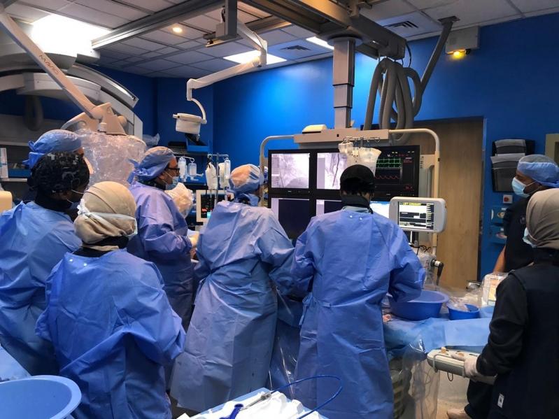 مركز القلب بتخصصي تبوك ينجح باستبدال صمام عن طريق القسطرة