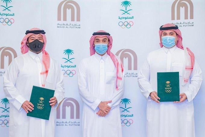 مذكرة تعاون توقعها الأولمبية السعودية لنشر رياضة التزلج بالمملكة
