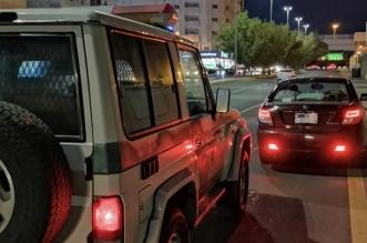فيديو.. ضبط قائد مركبة ضايق امرأة على الطريق وبرفقتها طفل رضيع - المواطن