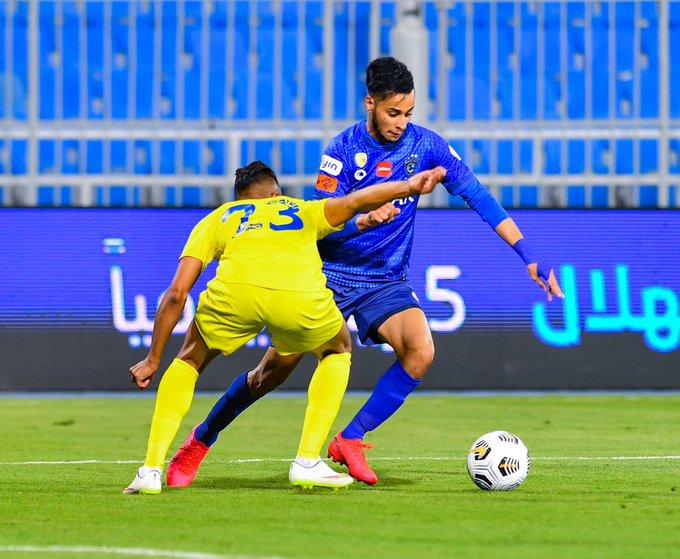 الهلال يفتتح الدوري السعودي بفوز صعب على العين