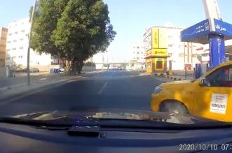 فيديو.. سائق متهور كاد أن يتسبب بحادثين في 5 ثوانٍ - المواطن