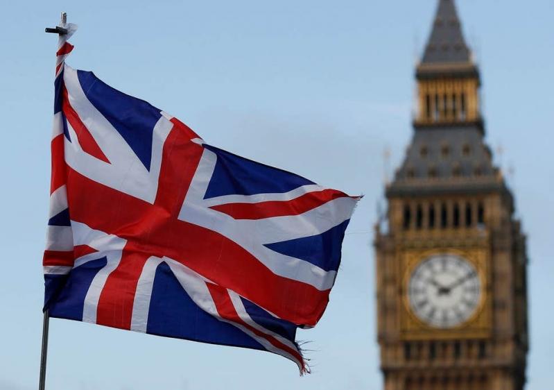 تفاصيل استدعاء بريطانيا للسفير الإيراني