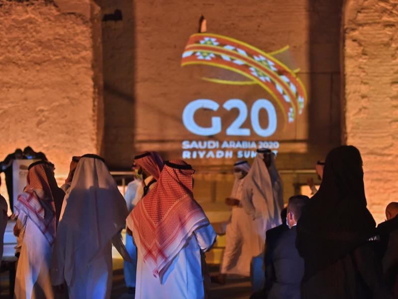 العالم يعلق آمالًا على قمة العشرين لتحقيق التعافي الاقتصادي وسط أزمة كورونا