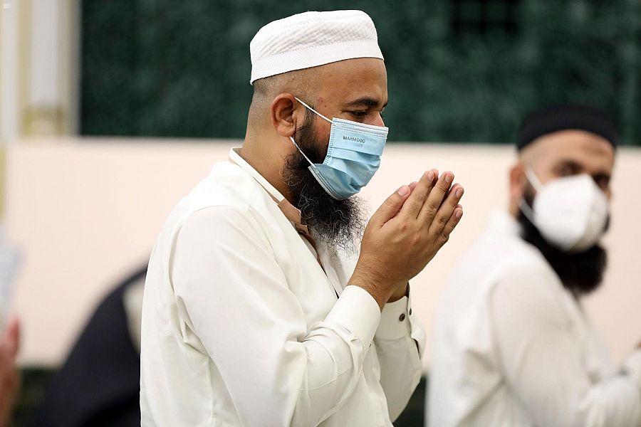 المسجد النبوي يستقبل الدفعة الأولى من معتمري الخارج1