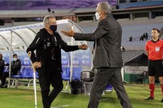 أوسكار تاباريز في مباراة البرازيل