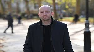 استقالة كبير مساعدي جونسون وسط توتر بمقر حكومة بريطانيا - المواطن
