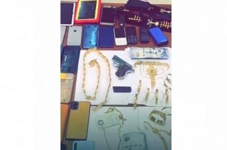 القبض على تشكيل عصابي نفذ 25 جريمة سرقة ذهب في 7 مناطق - المواطن