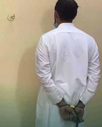 فيديو.. ضبط مواطن سرق عددًا من كاميرات ساهر بالأحساء وباعها لوافدين