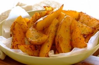 طريقة عمل البطاطا الودجز المقلية
