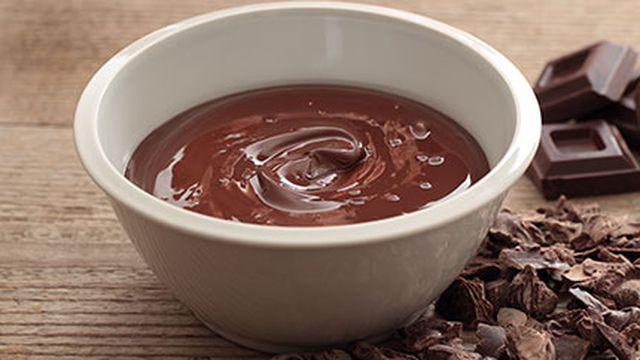 طريقة عمل صوص الشوكولاته