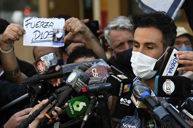 مفاجأة من العيار الثقيل.. اشتباه في مقتل مارادونا