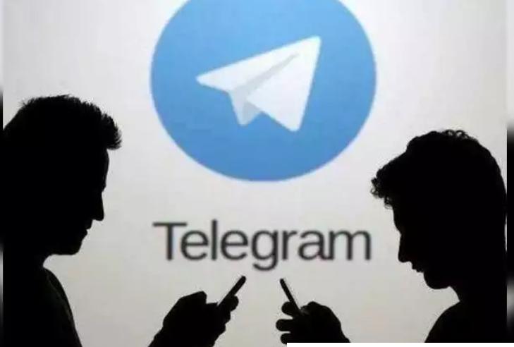 مقارنة تحديث WhatsApp الجديد مع تيليجرام وسيجنال وسناب شات (1)
