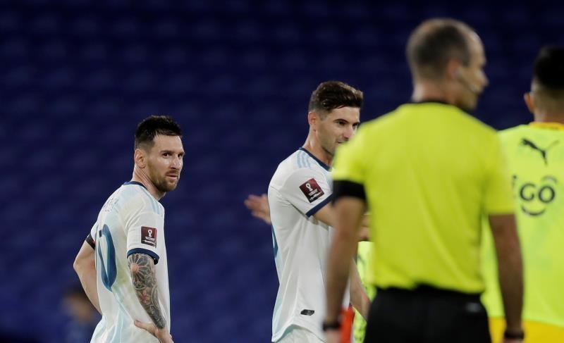 ميسي في مباراة الأرجنتين ضد باراغواي