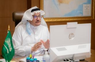 وزير التعليم يعلن عن إعداد مناهج جديدة في التفكير النقدي والفلسفة