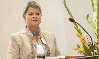 إصابة وزيرة الدفاع النمساوية بفيروس كورونا - المواطن