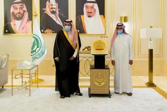 أمير الباحة يستقبل الاسير عبدالمحسن الغامدي