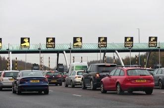 بريطانيا تدرس فرض ضرائب على سائقي السيارات مقابل كل 1.5 كم !