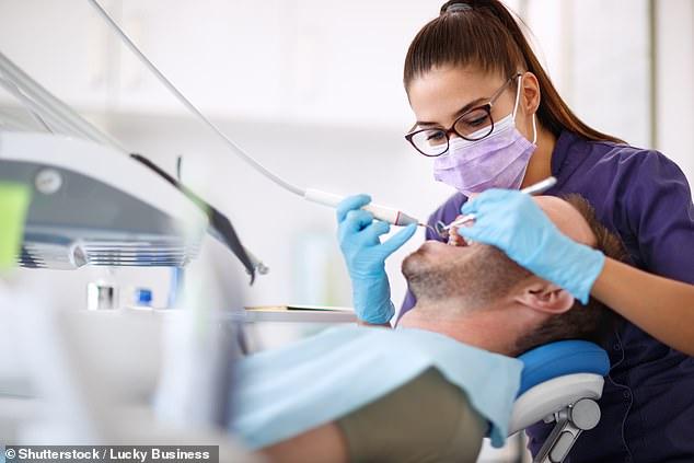 مرضى يفقدون أسنانهم بسبب فيروس كورونا