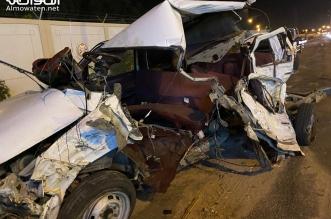 7 إصابات في حادث مروع بين مركبتين على طريق الملك خالد في خميس مشيط - المواطن