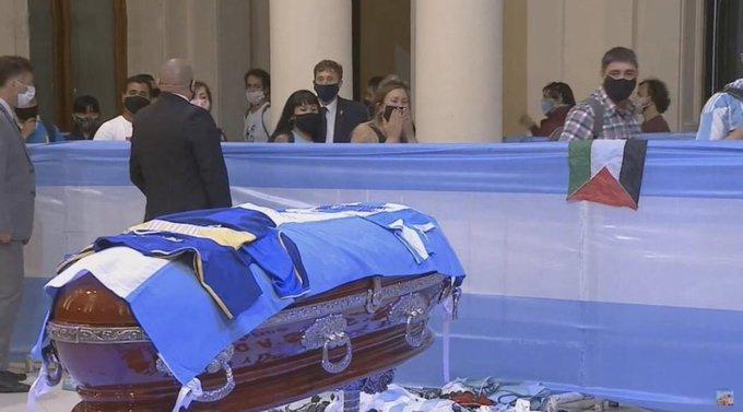 جنازة Maradona