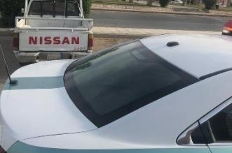 المرور يتفاعل مع بلاغ مواطن ويضبط مركبة تحمل معدات ثقيلة - المواطن