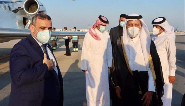 زيارتان واتفاقية أمنية .. قطر تدبر أمرًا بليل في ليبيا