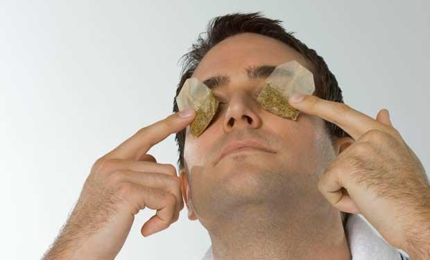 هل يساعد الشاي في علاج متلازمة العين الجافة؟