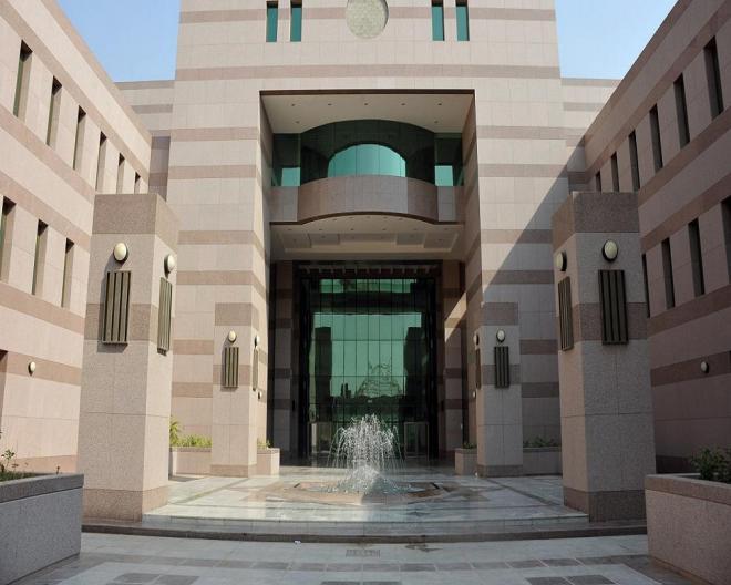 جامعة جدة: تعليق حضور الطلاب والطالبات وتأجيل الاختبارات غدًا - المواطن