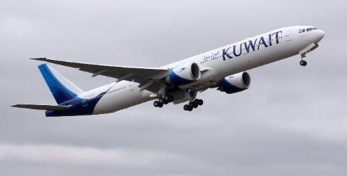 الكويت تعلن استئناف الرحلات الجوية إلى مصر
