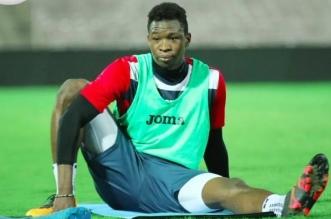 لاعب الوحدة السابق عامر هارون