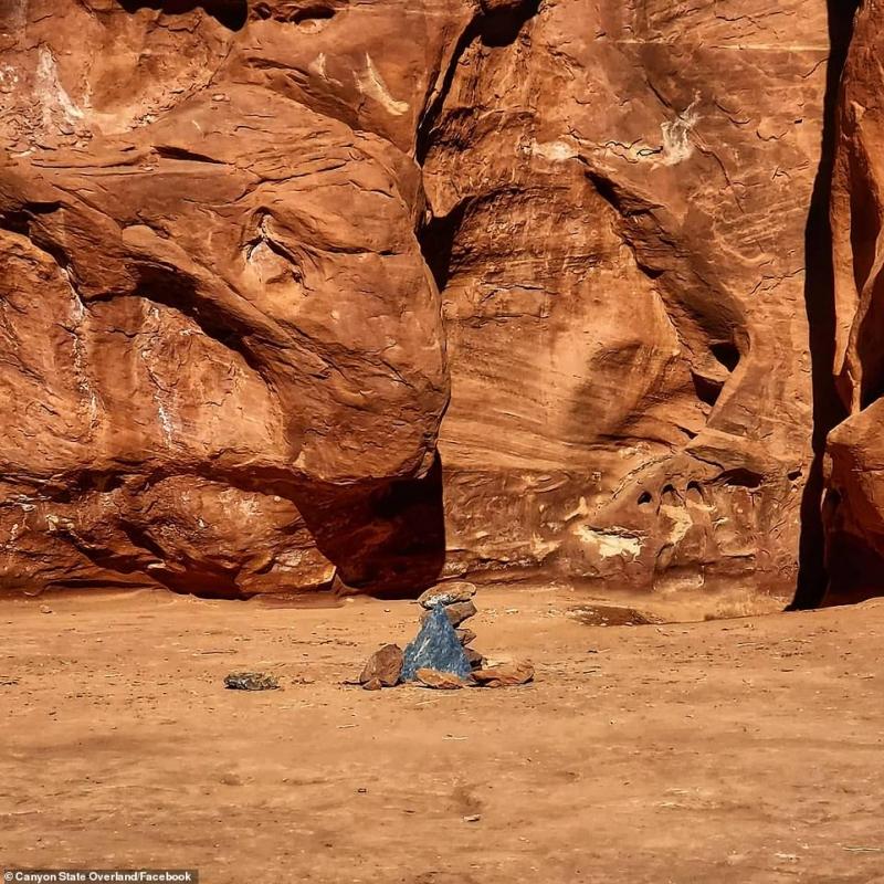هل تذكرون الجسم الغامض في صحراء يوتا؟ اختفى وظهر في رومانيا