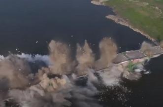 شاهد.. لحظة تفجير جسر لعبور السيارات في الصين - المواطن