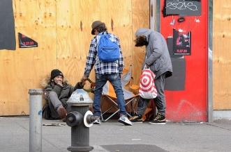 الفقر والبطالة