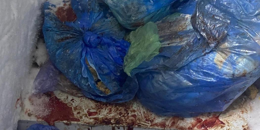 وجبات ملوثة وأغذية فاسدة في مطعم بخميس مشيط!