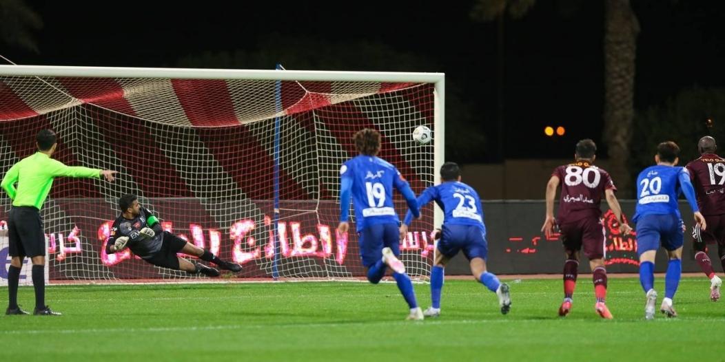 تعادل قاتل لـ الفيصلي ضد الهلال في دوري محمد بن سلمان