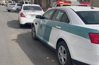 المرور يضبط قائد مركبة قطع الإشارة أمام دورية الشرطة في الخرج - المواطن