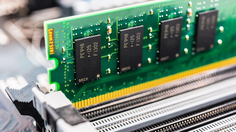 ما هي أنواع ذاكرة الوصول العشوائي RAM؟