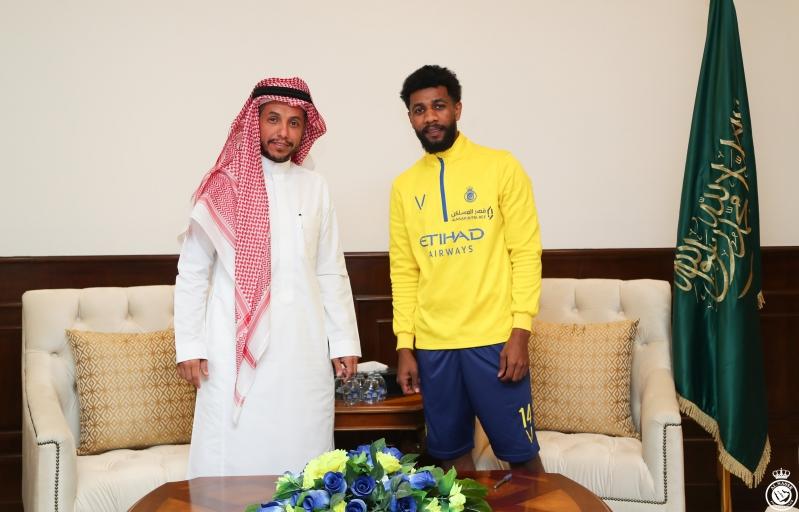 سامي النجعي مع رئيس النصر