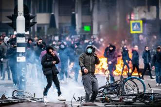 مسؤول يعترف هولندا تتجه نحو حرب أهلية (2)